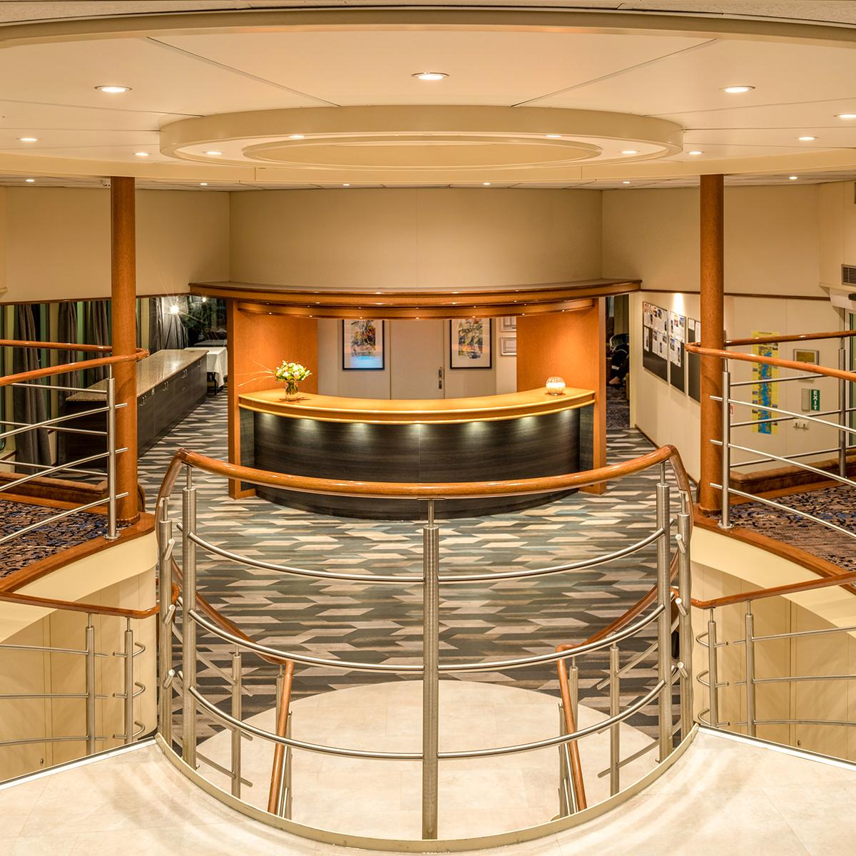 Bijou du Rhone - Lobby